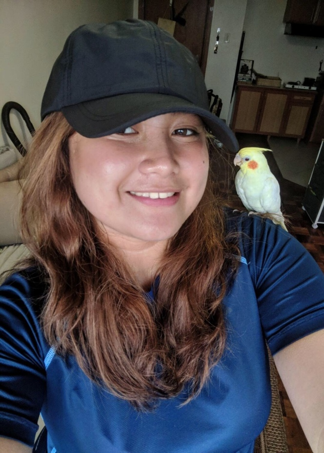 Kimmy and her lovely cockatiel: Alto